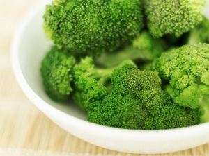 Post image for Broccoli could combat prostate cancer, finds study